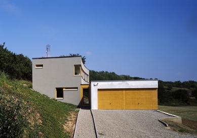 Rodinný dům ve Veverských Knínicích - foto: Filip Šlapal