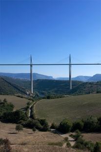 Viadukt u Millau - foto: Petr Šmídek, 2008