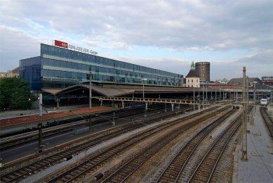 Elsässertor II Commercial Building - foto: Petr Šmídek, 2008