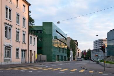 Institute for Hospital Pharmaceuticals - foto: Petr Šmídek, 2008