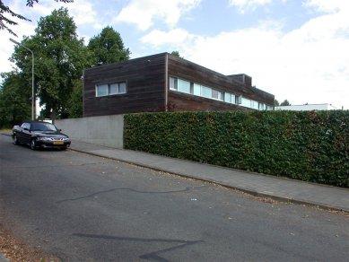 Vlastní dům a studio Wiel Aretse - foto: Petr Šmídek, 2003