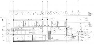 Vlastní dům a studio Wiel Aretse - Podélný řez - foto: IR Wiel Arets Architect & Associates