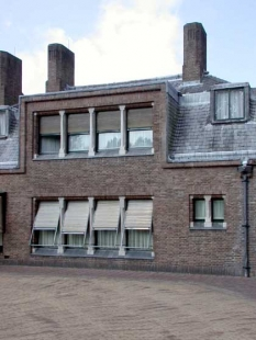 Muzejní areál Kröller-Müller - Jachtslot Sint-Hubertus, H.P.Berlage, 1920 - foto: Petr Šmídek, 2003