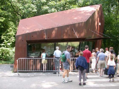 Muzejní areál Kröller-Müller - Plechová pokladna MVRDV - foto: Petr Šmídek, 2003