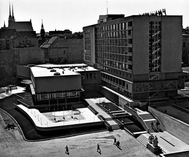 Hotel International - foto: L. Zelinka