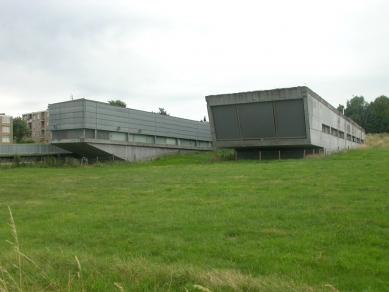 Policejní stanice ve Vaals - foto: © archiweb.cz, 2003
