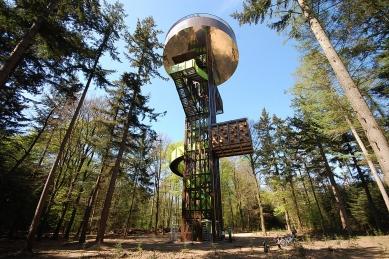 Forest Tower - foto: © Michiel van Raaij