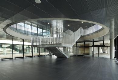 Fakulta chemicko-technologická a Tělovýchovná zařízení Univerzity Pardubice - Fakulta chemicko-technologická - foto: Ester Havlová
