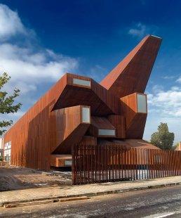 Farní kostel svaté Moniky - foto: Pablo Vicens y Hualde & Ricardo Santonja
