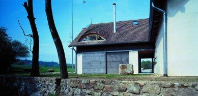 Rodinný dům - letní sídlo v Jižních Čechách - foto: Ester Havlová