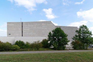Městské divadlo ve Wolfsburgu - foto: Petr Šmídek, 2009