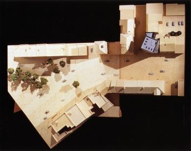 Věž Gehry - Model