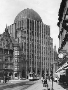 Anzeiger Hochhaus - Historický snímek