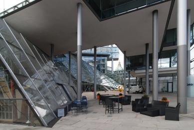 Správní budova banky Nord/LB - foto: Petr Šmídek, 2012