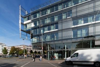 Správní budova banky Nord/LB - foto: Petr Šmídek, 2009