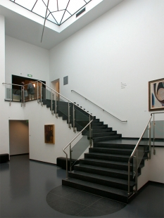Van Abbemuseum - foto: Petr Šmídek, 2003