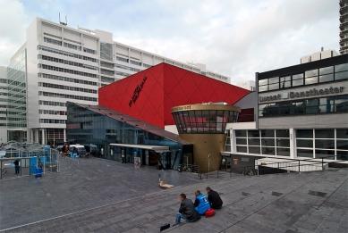 The Netherlands Dance Theater - foto: Petr Šmídek, 2009