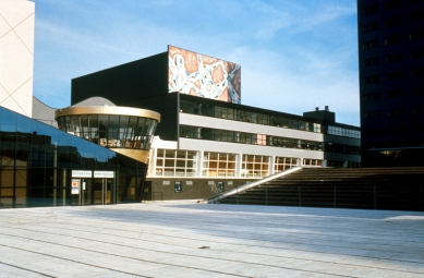 The Netherlands Dance Theater