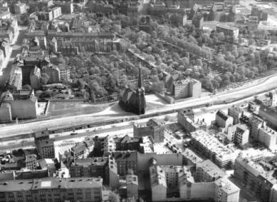 Kaple smíření - Historický letecký snímek