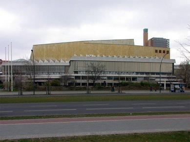 Staatsbibliothek - foto: Petr Šmídek, 2001