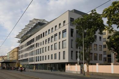 Factory Office Centre - foto: Jan Mahr