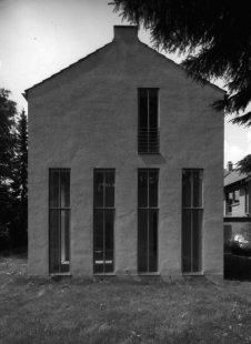 House in Roetgen near Aachen - Převýšení oken k zalesněnému severnímu svahu - foto: Vladimír Špaček
