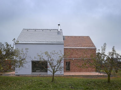 Rodinný dům ve Veliši - foto: Filip Šlapal