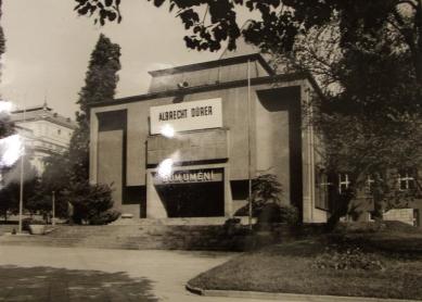 Rekonstrukce Domu umění města Brna - Dům umění v 60. letech minulého století - foto: archiv autorů