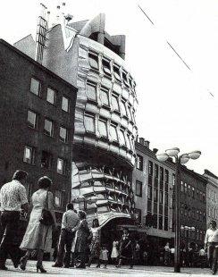 Bankovní pobočka na Favoritenstraße - Historický snímek