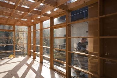 Atelier above river - foto: Radka Cíglerová, 2009