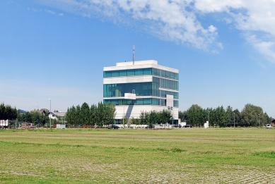 SIE Headquarters - foto: Petr Šmídek, 2008