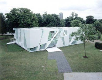 Serpentine Gallery Pavilion 2002 - foto: © David Grandorge, 2002