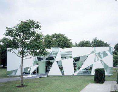 Serpentine Gallery Pavilion 2002 - foto: © David Grandorge