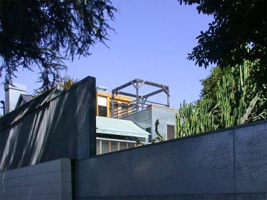 Dům Gehry - foto: Petr Šmídek, 2001