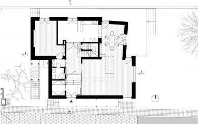 Rekonstrukce a dostavba rodinného domu v Jevanech - 1. NP