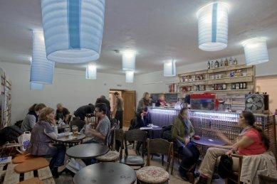 Architektura 14. ročníku MFDF Jihlava - Festivalové centrum - kavárna - foto: Michal Ureš