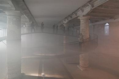 12. Bienále v Benátkách - Transsolar a Tetsuo Kondo Architects: Cloudscapes - foto: Petr Šmídek, 2010
