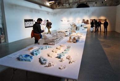 12. Bienále v Benátkách - Toyo Ito & Associates: Taichung Metropolitan Opera House - foto: Petr Šmídek, 2010