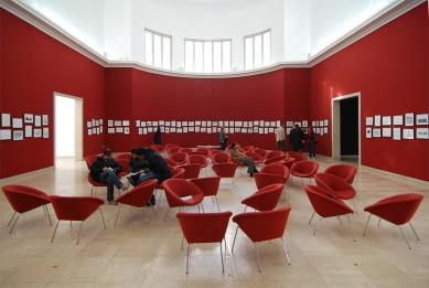 12. Bienále v Benátkách - SEHNSUCHT: německý pavilon (komisař: Die Walverwandtschaften München Zürich Boston) - foto: Petr Šmídek, 2010