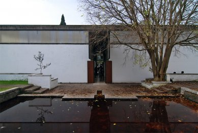 12. Bienále v Benátkách - 50 years after Brasilia: brazilský pavilon (komisař: Heitor Martins; kurátor: Ricardo Ohtake) - foto: Petr Šmídek, 2010