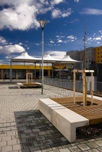 Úprava veřejného prostoru u polikliniky ve Starém Lískovci - foto: Ing. Josef Cabák