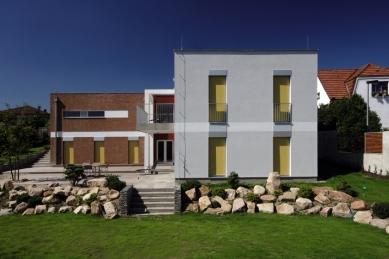 Rodinný dům Dolní Chabry - foto: Robert Žákovič