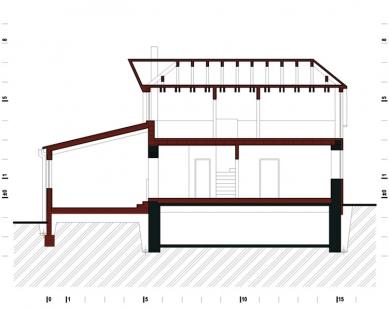 Rodinný dům s obytnou terasou - Podélný řez