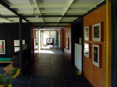 Heidi Weber House - foto: Petr Hampl, 2002