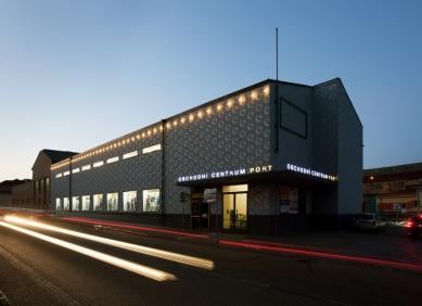 Obchodní centrum PORT - foto: Tomáš Souček