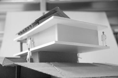 Dostavba rodinného domu v Kostelci u Heřmanova Městce - Model - foto: Pinkas Žalský Architekti