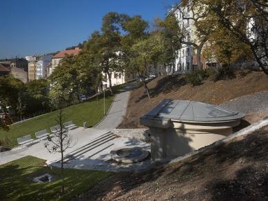 Revitalizace městského parku Studánka - Pohled z Husovy ulice - současný stav - foto: Filip Šlapal