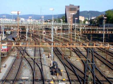 Centrální hradlo - foto: Petr Šmídek, 2002