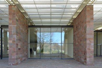 Beyeler Foundation Museum - foto: Petr Šmídek, 2015