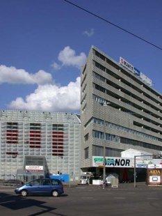 Fotbalový stadion St. Jakob - foto: Petr Šmídek, 2002
